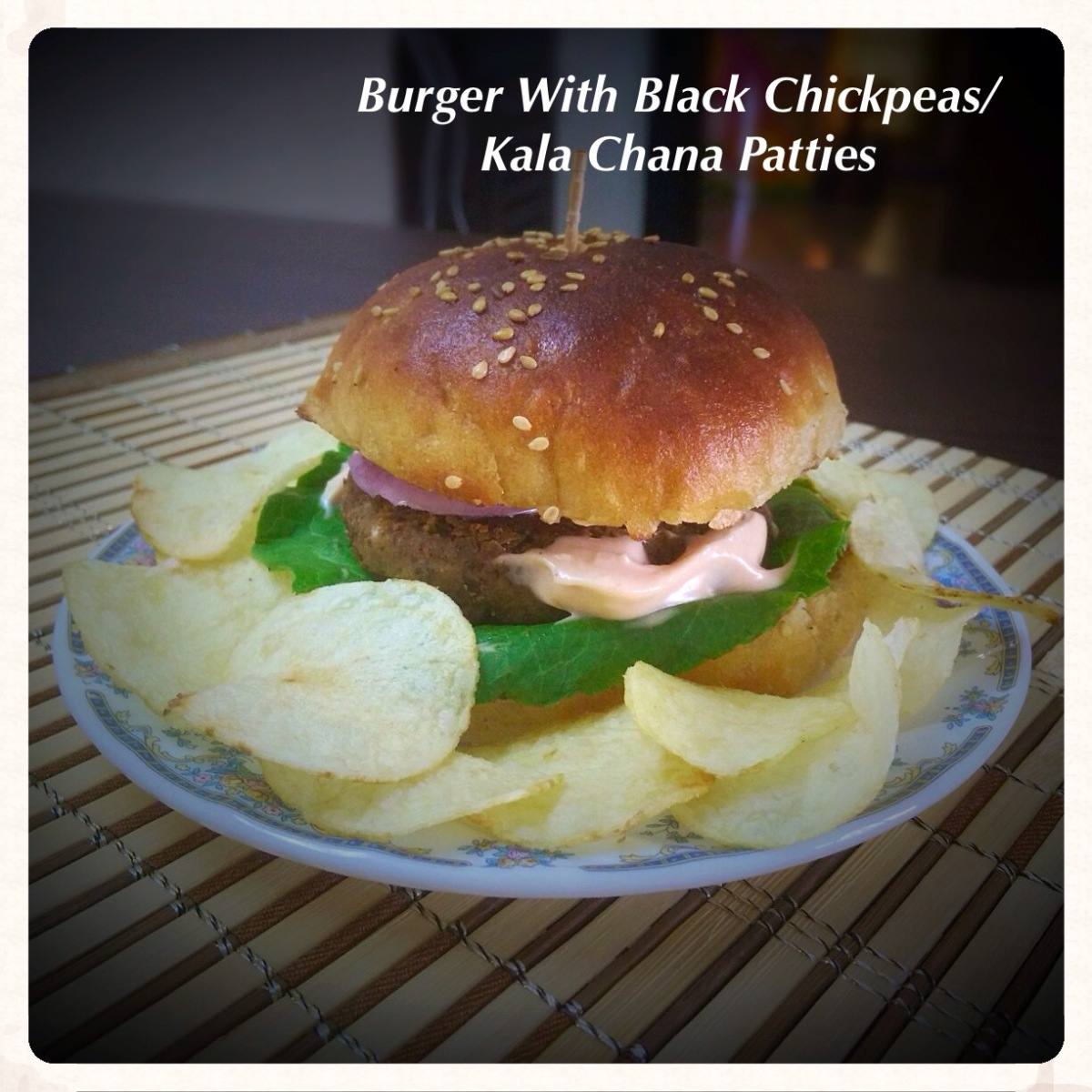 Burger with Black Chickpeas/ Kala Chana patties Recipe