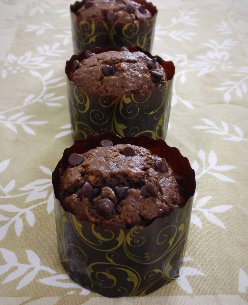 Refreshing Peppermint Chocolate Muffins Recipe (Eggless)