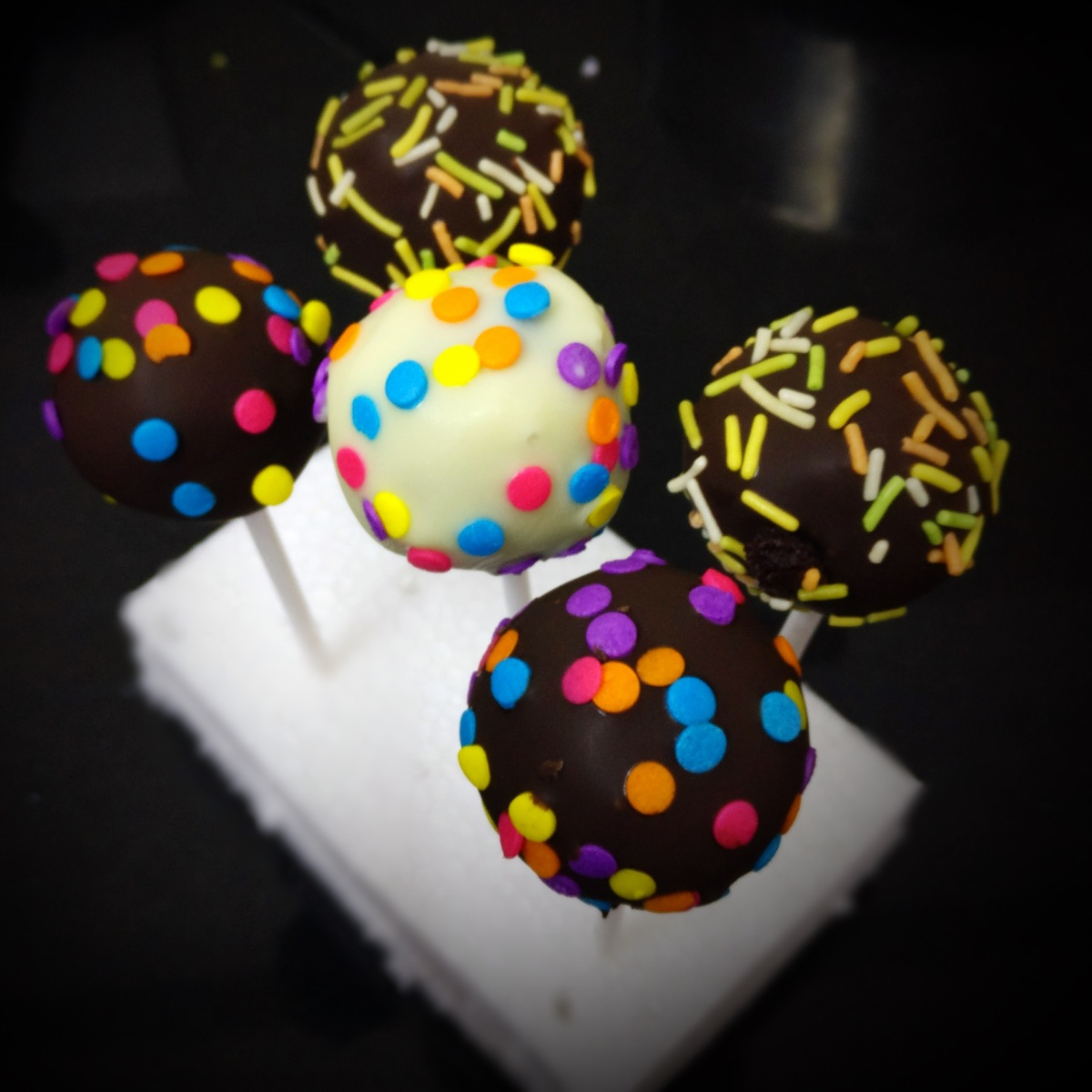 Basic Cake Pops Recipe
